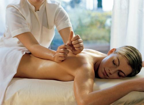 Техник правильного массажа